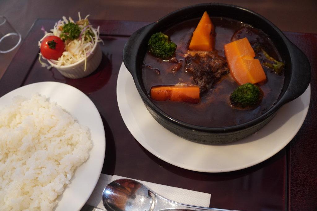 札幌の洋食レストランユっぴーのビーフシチュー