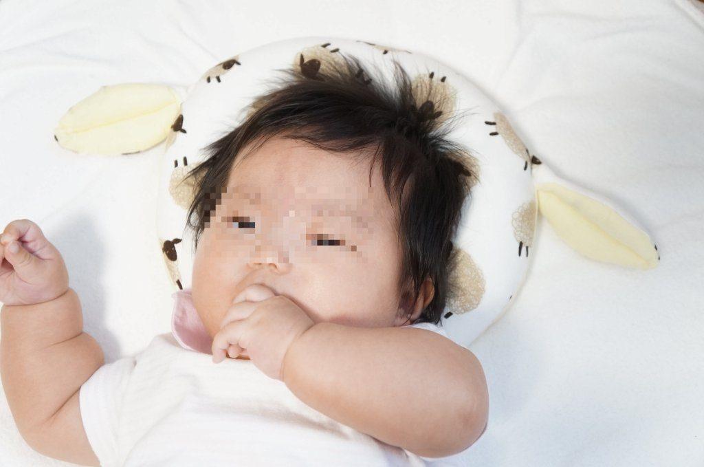 エスメラルダ ドーナツ枕を6ヶ月の赤ちゃんに使った