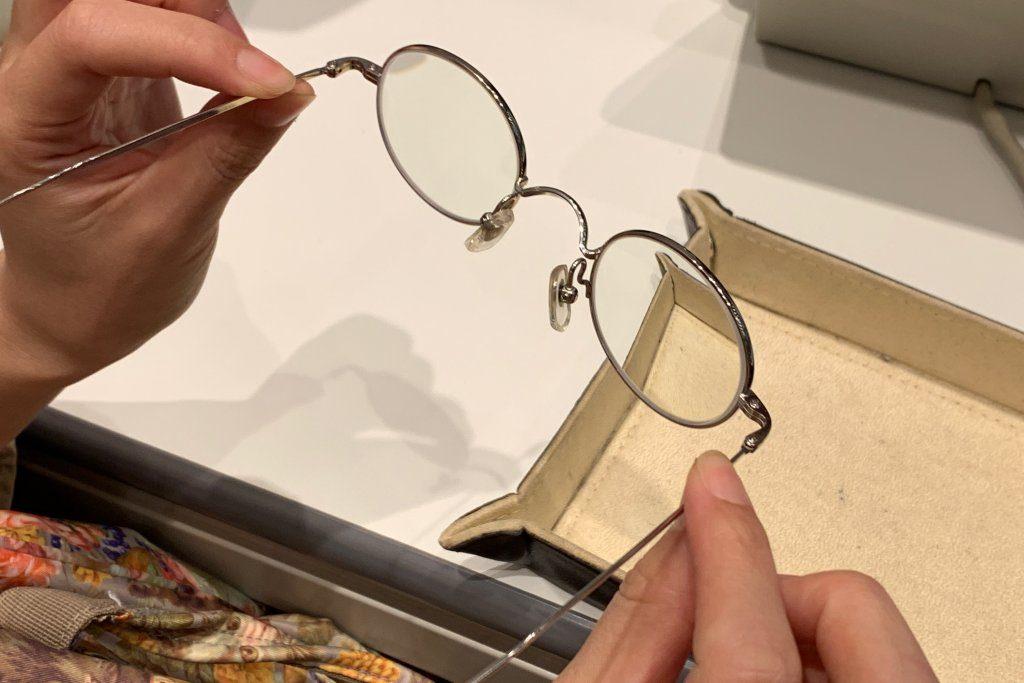 修理した金子眼鏡