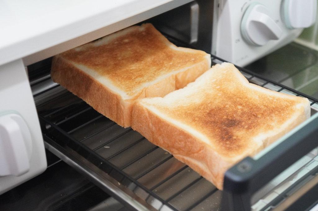howaro ホワロで食パンを焼いた