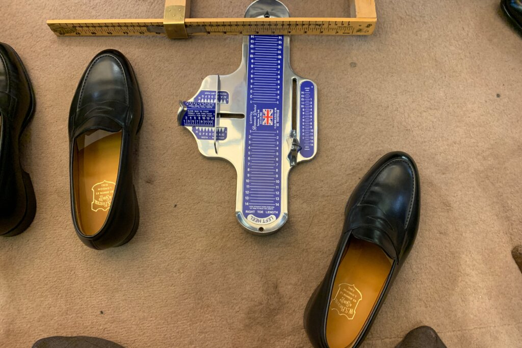 The Brannock Device UK measurement