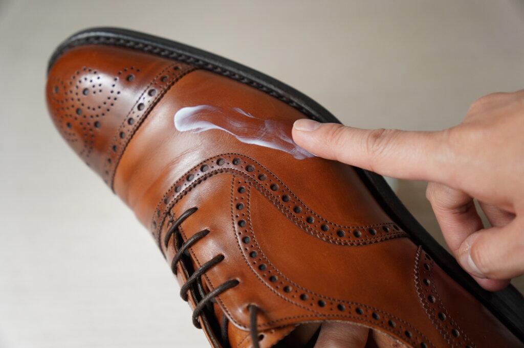 TWTG靴クリームの伸び